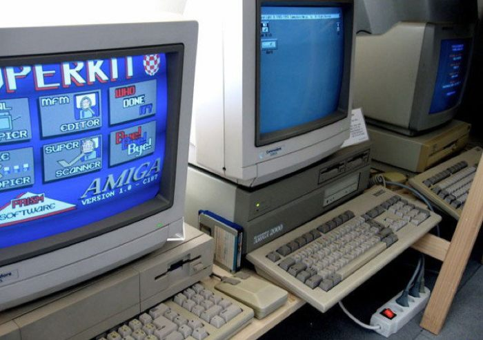 В американской школе до сих пор используют 30-летний компьютер Commodore Amiga 2000