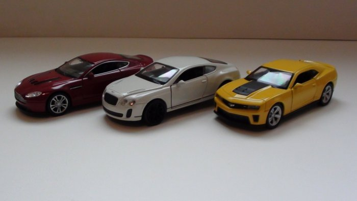 Chevrolet Camaro / Aston Martin / Bentley Continental