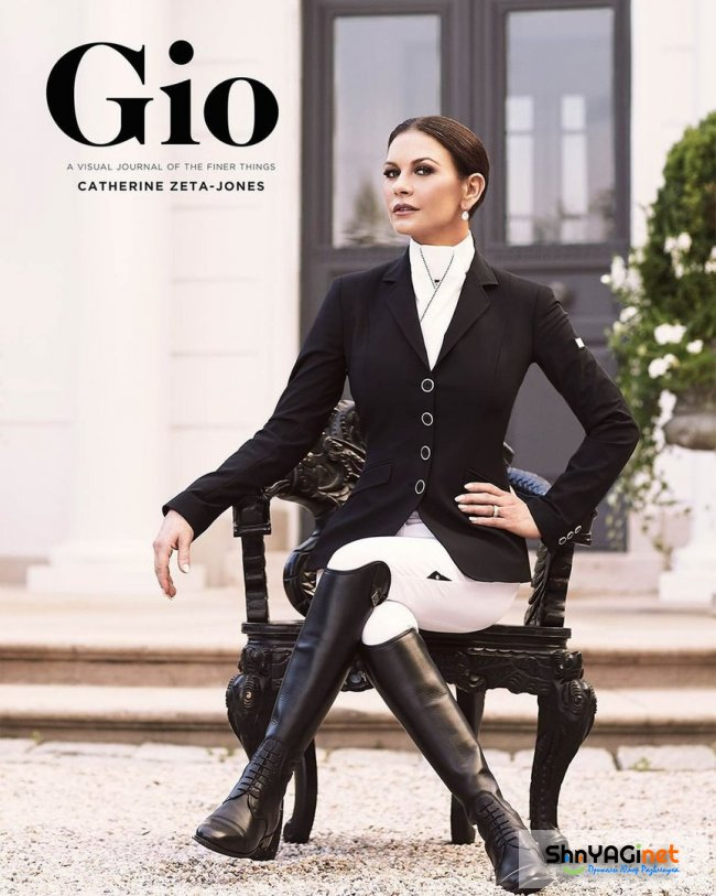 Кэтрин Зета-Джонс для Gio Journal. catherinezetajones, cocainegodmother, feud, chicago, theterminal