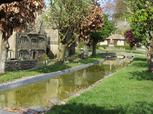Деревушка Bourton-on-the-Water